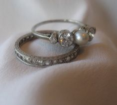 pearl ring  @wedding-junk-3