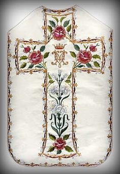 Classic Marian Vestments from Italy