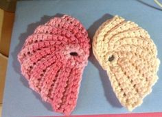 Angel Wing Scrubbie Free Crochet Pattern! - I'm gonna use this as a template to make a baby's photo prop - yeah