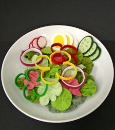 Awesome way to do bell peppers for felt salad!