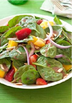 Berry, Mango & Spinach Salad – This fresh and sweet salad for four is ready to enjoy in just 10 minutes!