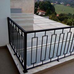 Steel Railing Design, Staircase Railing Design, Modern Railing, Home Stairs Design, House Gate Design, Modern Stairs, House Front Design, Balcony Grill Design, Grill Door Design