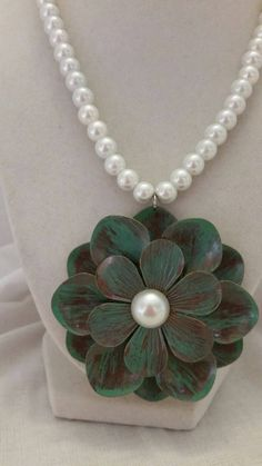 Check out this item in my Etsy shop https://www.etsy.com/listing/214811459/pearl-necklace-white-necklace-flower
