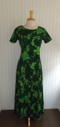 1960s Hawaiian Dress Long Size Small 42778 by PiecesBoutique, $32.00