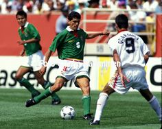 Spain 3 Bolivia 1 in 1994 in Chicago. Jose Milton Melgar shoots for goal in Group C #WorldCupFinals