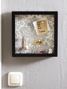 Pinnwand und Schlüsselbrett in einem: Wir zeigen Ihnen Schritt für Schritt wie Sie das Wohnaccessoire ganz einfach nachbasteln können.
