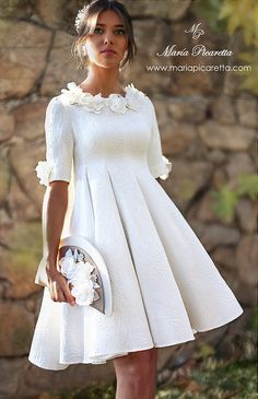 Style fashion classic white dress ideas for 2019 Cocktail Vestidos, Moda Vintage, Fashion Outfits, Womens Fashion, Dress Fashion, Style Fashion, Mother Of The Bride, Cute Dresses, Wedding Gowns