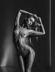 Game of Light and Shade (TH2015-1574) - Copyright by Thomas Holm 2015, All rights reserved. Model: Varvara. New Workshop in April 2015: http://www.commandoart.com/workshopstraining/april/index.html