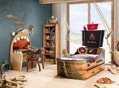 Ideas con fotos de camas originales para niños, lindas habitaciones divertidas con temática piratas, diseños de dormitorios decorados con una cama pirata que se convierte en el punto focal de la decoración.