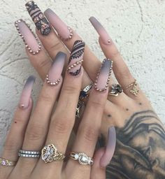Charming Acrylic Nail Designs Ideas 21 - Beautiful, provocative and long nails are the dream of many women. But, not all of them are bestowed with such nails. A few women may not succeed in g. Ombre Nail Designs, Cute Nail Designs, Acrylic Nail Designs, Dope Nails, 3d Nails, Matte Nails, Acrylic Nails, Coffin Nails, Gorgeous Nails