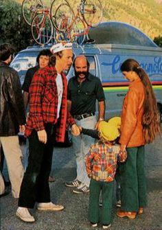 Bill Woodul, the Campagnolo USA Ambassador, with bubble van