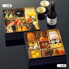 オリジナルの大吟醸酒付。【<たん熊北店>65年記念おせち料理二段重】