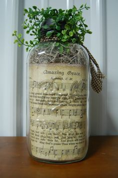 Old Mason Jar Primitive Amazing Grace sheet music inside the jar – Diy Garden İdeas Mason Jar Gifts, Mason Jar Diy, Mason Jar Projects, Diy Projects, Amazing Grace Sheet Music, Sheet Music Crafts, Sheet Music Decor, Ball Jars, Decorated Jars