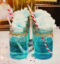 How adorable are these Cotton Candy Sprite Mason Jar Spritzers?