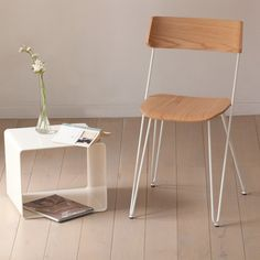 Ibsen Master is a versatile chair, ideal for any area of the home - kitchen, living areas, bedroom or study area, everywhere this chair will prove a functional companion