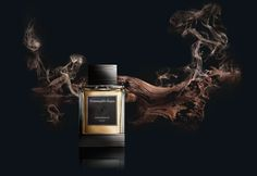Essenze ad campaign; With its deeply intoxicating balsamic woodiness, Indonesian Oud resembles few others. Together with precious rose and alluring amber, this new fragrance offers depth and complexity with a unique freshness.