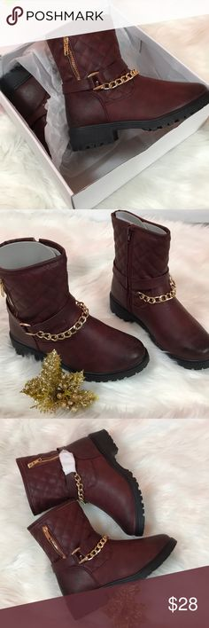 NIB Wine quilt with gold chain short boot Soho girls Size 6  Wine color with gold chains  Quilt pattern  New in box Soho Apparel Shoes Ankle Boots & Booties