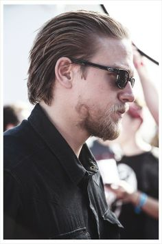Something so hot about slicked back hair & scruff... <3 Charlie Hunnam