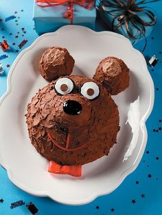 100 Easy Kids' Birthday Cake Ideas | iVillage.ca Looks like pipsqueak from the lorax!
