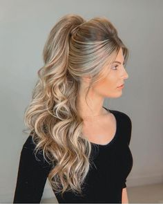 Read Party Hairstyles - 100 Photos Inspiration For All Occasions in Waufen Magazine, the online fashion magazine that brings the latest trends and special tips for you. High Ponytail Hairstyles, High Ponytails, Party Hairstyles, Bride Hairstyles, Easy Hairstyle, Long Hair Wedding Styles, Long Hair Styles, Hair Upstyles, Bridesmaid Hair