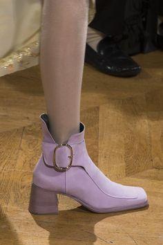 John Galliano at Paris Fashion Week Fall 2017   Architect's Fashion
