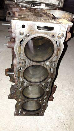 Oil cooler and filter housing mazda bt50 bt50 ford ranger