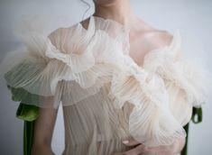 My 5 Month Secret - The Chriselle Factor Wedding Insurance, Wedding Inspiration, Style Inspiration, Fashion Details, Fashion Design, Mode Style, Bridal Style, Bridal Dresses, Wedding Styles