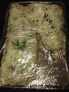 Saumon Gravlax - Recettes de cuisine Avocado, Charcuterie, Bagel, Asparagus, Entrees, Vegetables, Food, Meat, Easy Cooking