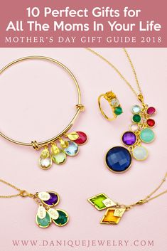 Top 10 Perfect Gifts For All The Moms In Your Life. Finding that perfect gift that for Mom shouldn't be hard. Checkout this list of top designs that any Mom would love to have from mother necklaces to birthstone bracelets and stacking rings. Presents For Mom, Gifts For Mom, Personalized Bracelets, Personalized Gifts, Mothers Day 2018, Mother Rings, Birthstone Jewelry, Aunt, Mother Day Gifts