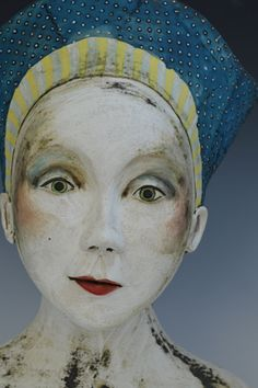 Sally MacDonell _contemporary _figurative ceramics Ceramic Sculpture Figurative, Figurative Art, Pottery Studio, Pottery Art, Pottery Clay, Slab Pottery, Ceramic Figures, Ceramic Artists, Atelier D Art