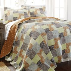Adara Reversible Quilt Set, Multicolor