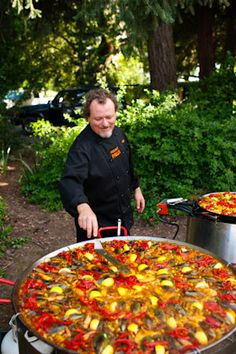 Well, more monster than paella. ,Wedding food is typically forgettable. No one will forget this monster paella. Seafood Dishes, Seafood Recipes, Cooking Recipes, Tapas, Paella Party, Spanish Wedding, Spanish Party, Exotic Wedding, Wedding Menu