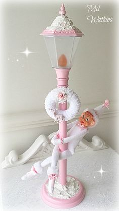 Pole dancing pink elf lol :)