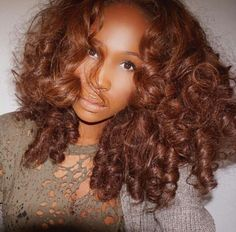 Think Your Hair Can't Be Tamed? Everyone wants to have great looking hair, as a good set of locks can completely transform a person's appearance. Love Hair, Big Hair, Gorgeous Hair, Curly Hair Styles, Natural Hair Styles, Dyed Natural Hair, My Hairstyle, Fall Hair, Hair Looks