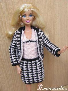 Tricot Barbie: Ensemble n°9 (jupe, top et veste)