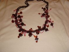 CORNIOLA AND BEADS NECKLACE