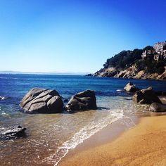Aviat podrem gaudir de les nostres precioses platges! #aroses #visitroses #incostabrava #catalunyaexperience #costabrava