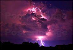Blitze in einem bewölkten Himmel während eines Gewitters - © Gregg Williams, National Geographic - Bildnr. 226953