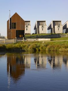 Enough House,Courtesy of MacKay-Lyons Sweetapple Architects
