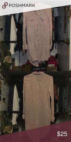 Free People Long Button Up Size XS Pale Pink long sleeve Free People Tops Button Down Shirts