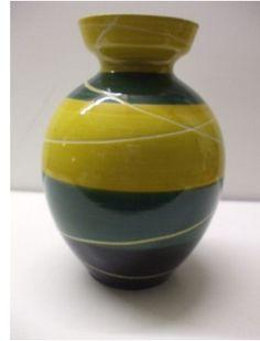Irish Pottery, Vases, German, Ceramics, Home Decor, Deutsch, Ceramica, Pottery, Decoration Home