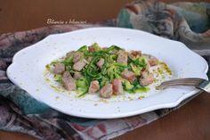 Spaghetti di zucchine al tonno con pistacchi