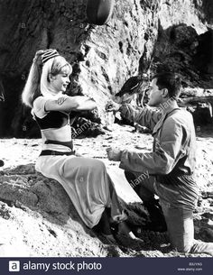I Dream Of Jeannie Us Tv Series 1965 To 1970 With Barbara Eden And ...