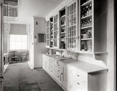 White House Executive Pantry: 1909. Cabinet bracket inspiration.