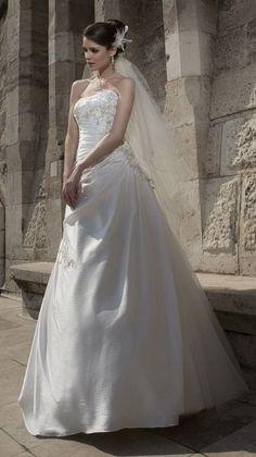 Robe de mariée doccasion taille 40  Robes de mariée et articles de ...