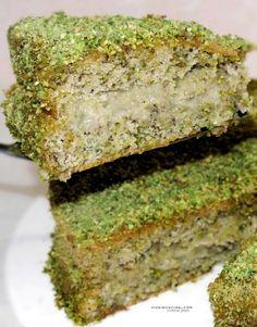 Torta al pistacchio con crema di pistacchio ricetta con foto passo passo dal blog @vicaincucina