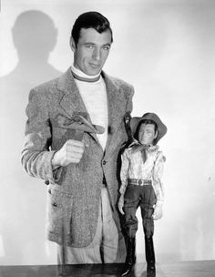 also kind of creepy.....Gary Cooper with a Gary Cooper puppet, 1930s  via extranuance & mothgirlwings