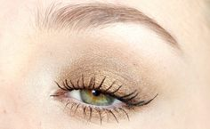 Bronzed, golden look. Created with the W7 In The Buff Lightly Toasted palette.