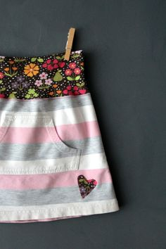 Upcycle skirt Super cute! Better if it was in English! But I get the idea!