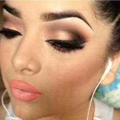 cute makeup look! looks really good with the lip gloss